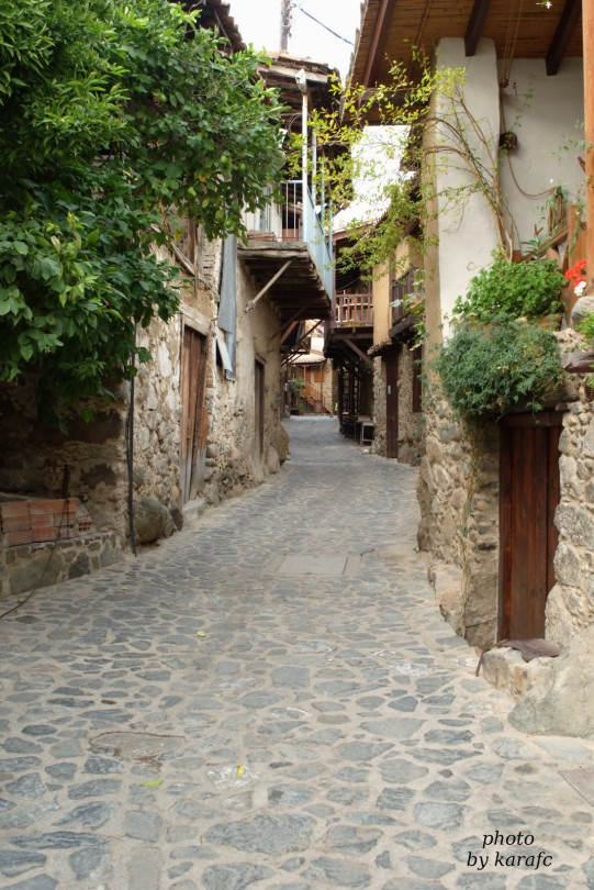 Alley in Kakopetria village, Cyprus