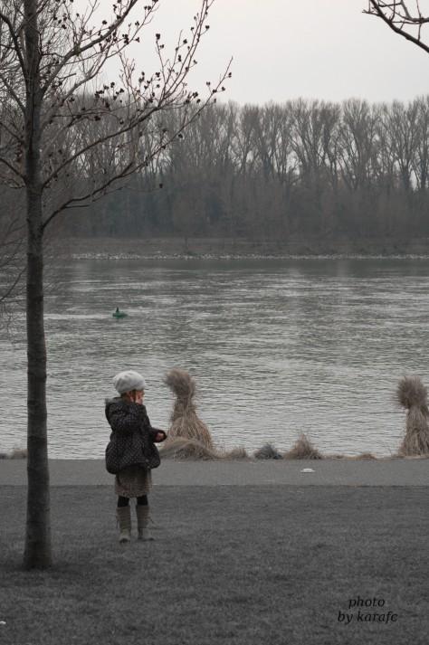 girl_ Danube river_Bratislava_Slovakia